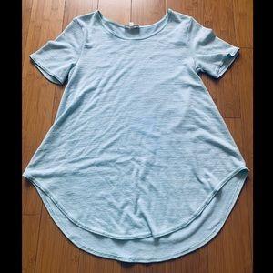 Aritzia Wilfred Free High\Low T-Shirt